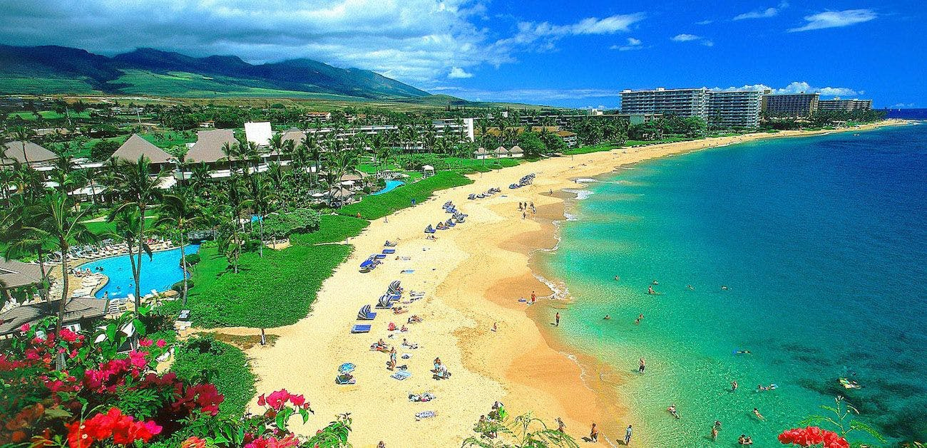 7 Glorious Days in Maui For Free: Here's How A Family of 4 Saved $8,175